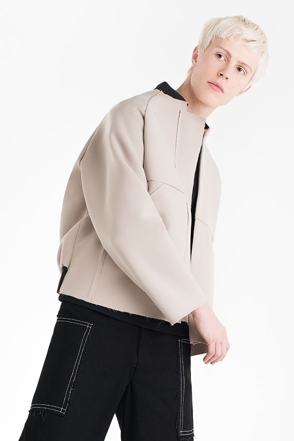 mens beige bomber jacket lookbook 02 600×900